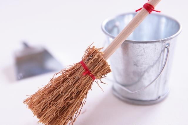 トイレの床掃除をしよう!!床を綺麗に保つ方法とコツ