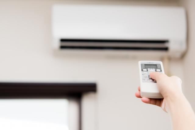 暑い日も部屋を涼しく快適に!家電の節約やインテリアのコツ