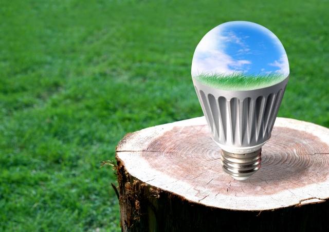 寝室の電球や蛍光灯は何色がいい?電球は塗ることができる?