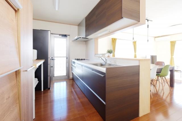 新築の床材をウォールナットに!特徴や日常のお手入れ法は?