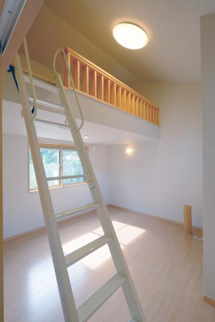 レオパレスのロフトを収納や寝室へ!多彩な使用方法!