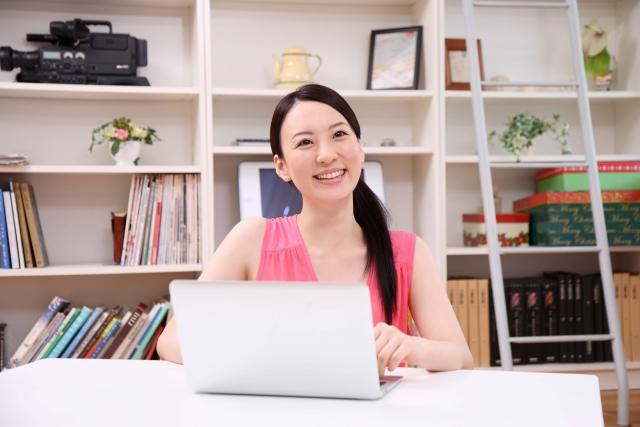 目指せ人気女性ブロガー!一人暮らしの合間にブログを作ろう