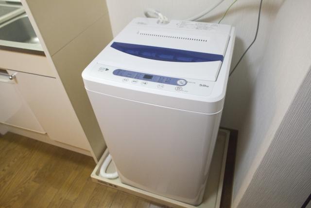 我が家の洗濯機のサイズ!入らないほどの洗濯物はどうする?
