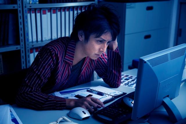徹夜をするなら短時間でも睡眠を!作業の効率アップを図ろう