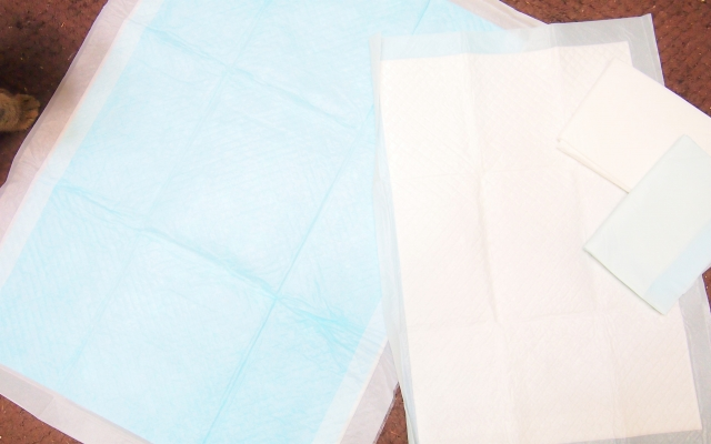 敷くだけの布団除湿シートが話題!通販で人気の商品をご紹介