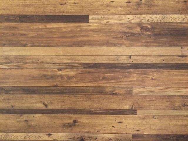 人気の無垢材の床!フローリングにお布団を敷くときの対策法