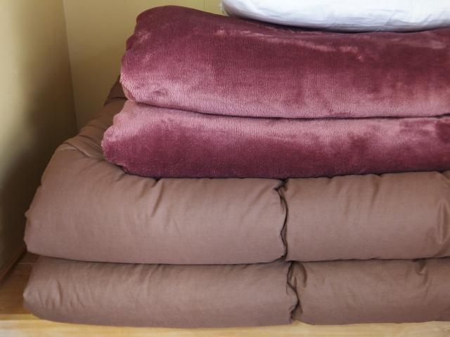 寝具の収納アイデア6つ!クローゼットでもすっきり