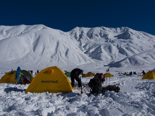 冬にキャンプをするならぐっすり眠れる寝具を準備しよう!