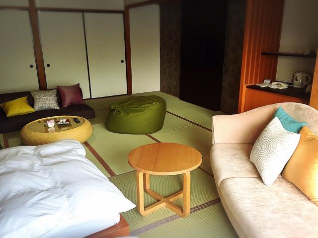 和室のベッドとラグ選びの決め手は色と素材と高さ!