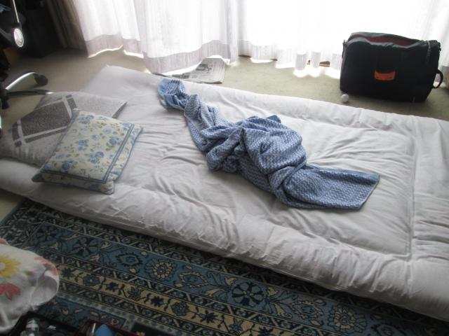 マットレスだけで寝る!?床に直に敷くメリット・デメリット