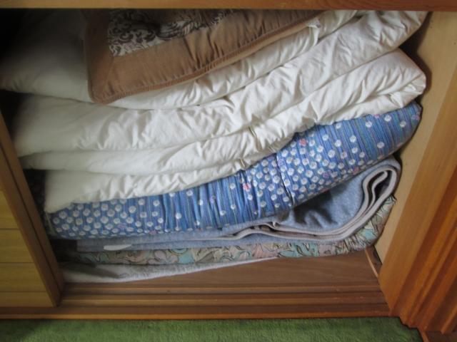 予備のお布団を良い状態でキープ!最適な収納方法とは!?