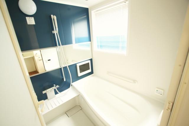 癒されたい!お風呂の壁を飾るインテリアアイテムを教えて!