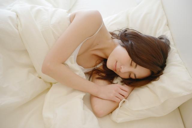 睡眠時間が少ないと睡眠負債が蓄積する!その影響と改善方法