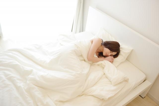 夏でも薄い掛け布団で気持ちの良い睡眠をしっかりととろう!