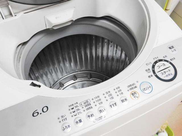 ベランダに洗濯機を置くときの注意点は?様々な面で対策を!