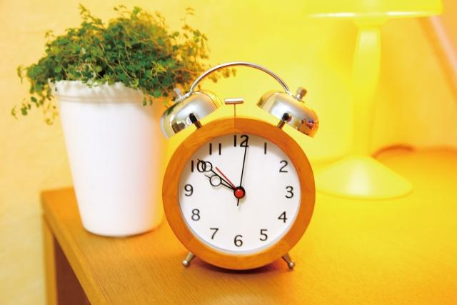 痩せるには睡眠中に2つのホルモンが分泌される時間帯が重要