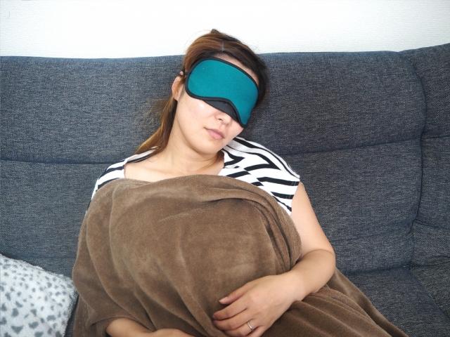 短時間睡眠は15分程度が効果的!集中力と作業効率がアップ!