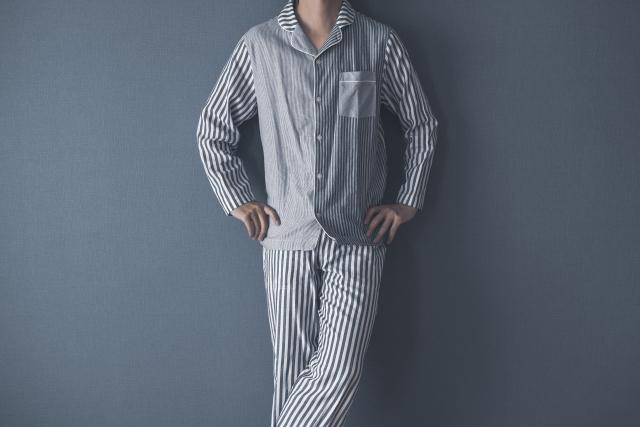 快眠するためにパジャマを選ぼう!冬場におすすめな素材は?