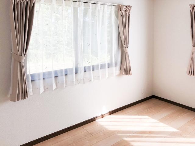 ちょうどいいカーテンの長さや幅が知りたい!選び方とは?
